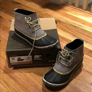 Soren Women's Out N About Boot size 10 brand new
